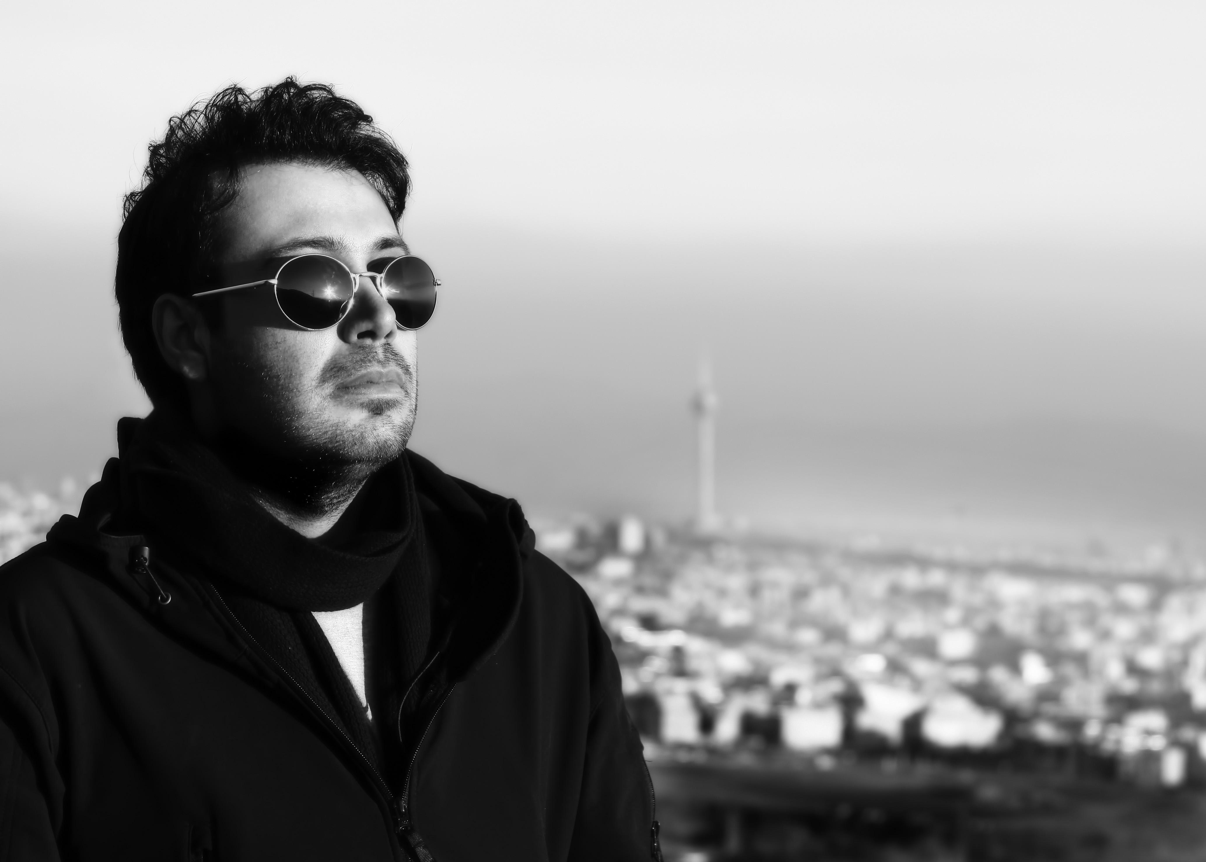 دانلود رایگان آلبوم نفرین محسن چاوشی به صورت یکجا