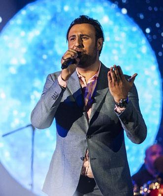 دانلود آهنگ زیر حرفم میزنم از محمد علیزاده با تکست و متن ترانه