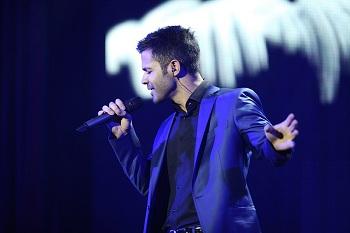 دانلود آهنگ اینم می گذره از سیروان خسروی با متن ترانه و شعر