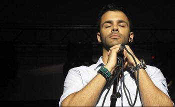 دانلود آهنگ روزای رویایی از سیروان خسروی با متن ترانه و شعر
